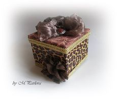 Leopard Decorated Box. Elegant Gift Box. by VintageShabbyRustick