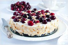 sernik na zimno z czereśniami Cheesecake, Baking, Food, Cakes, Cake Makers, Cheesecakes, Bakken, Essen, Kuchen