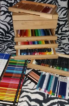 Een vraag die ik echt ontzettend vaak voorbij zie komen op verschillende forums en dergelijke; Ik wil nieuwe potloden gaan kopen, maar welke moet ik dan nemen?            Natuurlijk he