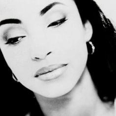 The lovely lady with timeless beauty, Helen Folasade Abu Sade Adu, Quiet Storm, Timeless Beauty, Classic Beauty, Beautiful Black Women, Beautiful People, Beautiful Voice, Non Plus Ultra, Diamond Life