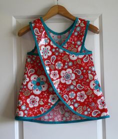 Criss Cross Back Long Girls Art Smock Art Apron in Red and