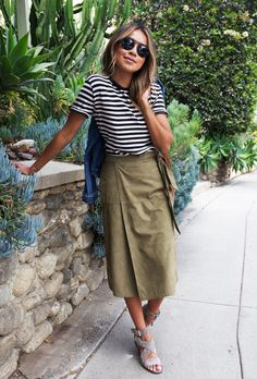 closet ideas fashion outfit style apparel Striped Top and Khaki Skirt via Looks Chic, Looks Style, My Style, Wrap Style, Fashion Moda, Look Fashion, Fashion Styles, Womens Fashion, Polyvore Outfits