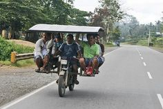 This extreme carpool: | 24 Things You'll Only Find In The Philippines