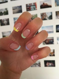 French Tip Acrylic Nails, Acrylic Nails Coffin Short, Summer Acrylic Nails, Best Acrylic Nails, Simple Acrylic Nails, Colored Nail Tips French, Short French Tip Nails, French Tip Pedicure, Summer French Nails