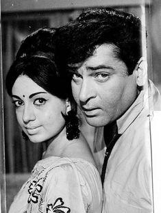 #ShammiKapoor #Babita #BollywoodFlashback #60s #whichmuvyz #guessthemovie #muvyz011518 Indian Actresses, Actors & Actresses, Shammi Kapoor, Guess The Movie, Karisma Kapoor, Vintage Bollywood, Indian Artist, Indian Movies, Bollywood Stars
