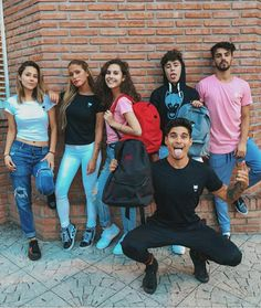 El unico lindo es fede🔥💖 A Team, Youtubers, Bff, Fandoms, My Favorite Things, Couple Photos, Photography, Squad, Outfits