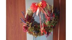 Fall wreath, dried plants.