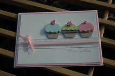 Schon beim anschauen dieser beiden Karten könnte man einen Zuckerschock bekommen - aber im Moment sind Cupcakes ja der große Renner.  Als ic...