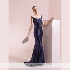 Una sublime eleganza rende straordinari gli abiti da cerimonia Nicole. Guarda la collezione 2017 su http://www.piazzadispagnasposi.it/collezioni/cerimonia-donna/nicole-cerimonia/