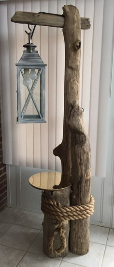 Treibholz-Stehleuchte
