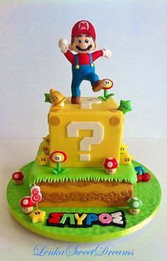 Marvelous Photo of Super Mario Birthday Cake Tolles Foto von Super Mario Geburtstagstorte. Super Mario Bros, Super Mario Torte, Super Mario Cupcakes, Mario Und Luigi, Mario Bros., Mario Party, Mario Bros Kuchen, Mario Bros Cake, Bolo Do Mario