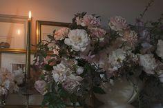 AESME   Flowers & Fine Art - weddings & events