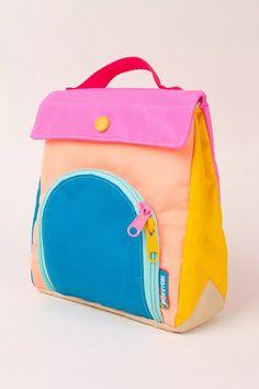 Mochila Hippie, Kids Bags, Kids Lunch Bags, Designer Backpacks, Kids Backpacks, Bag Organization, Mode Inspiration, Stocking Stuffers, Cleaning Wipes