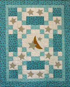 Here's a quick and easy quilt pattern to stitch for Baby! In the Sweet Dreams baby quilt pattern, you'll combine fusible-web applique with easy piecing to create this x crib or baby quilt. Perfect for any nursery! Colchas Quilting, Quilting Projects, Quilting Designs, Quilt Design, Quilting Patterns, Quilt Baby, Baby Quilts Easy, Baby Boy Quilt Patterns, Kids Patterns