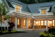 Maeve's Way, Maine - Nicola Manganello, designer. Metal roof with cedar shake accent. Welcoming entrance, lots of light, tin roof (hubby). Style At Home, Modern Farmhouse, Farmhouse Style, Modern Country, Cedar Roof, Cedar Shingles, Cedar Siding, Dream House Exterior, Cottage Exterior