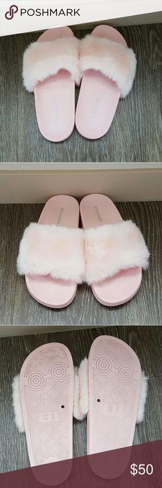 Steve madden light pink softey fur slide sandles Steve Madden light pink softey fur slide sandles size 8 worn once no flaws no stains in brand new condition Pamper your feet with SOFTEY, our playfully plush twist on the spa slide!  Perfect footwear for taking leisurely strolls around the neighborhood. Summer and spring weather they go with just about everything  Faux fur upper Man-made lining Man-made sole 1 inch platform Steve Madden Shoes Sandals