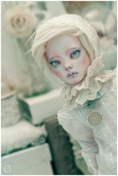 I still didn't take care of this doll, just got a hand on a bunch of random lacy clothes and a wig.  rawresin.blogspot.com