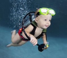Photographer Seth Casteel hopes his underwater baby portraits will bring awareness to the importance of infant water safety. Under The Water, Under The Sea, Underwater Dogs, Underwater Photos, Underwater Photography, Photography Kids, Street Photography, Landscape Photography, Portrait Photography