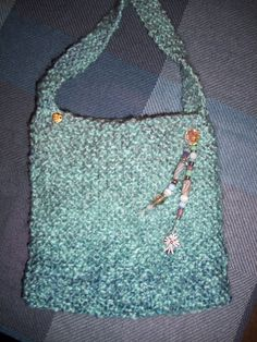 Knitted purse. Fun and easy