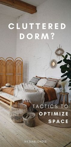 Tired of a cluttered dorm? Turn your dorm from shoebox to spacious! Take advantage of these 35 easy storage ideas and your dorm will feel a LOT less cramped. | dorm storage | dorm packing tips | how to pack for college | dorm space savers | bigger dorm | Dorm Organization Diy, Dorm Room Storage, College Packing, Packing Tips, Easy Storage, Storage Ideas, Dorm Space Savers, College Survival Guide, Cool Dorm Rooms