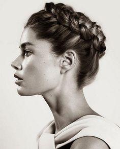 "1,813 Me gusta, 13 comentarios - Atelier Laure de Sagazan (@lauredesagazan) en Instagram: ""Hair inspiration... Photo trouvée sur le joli blog de la @fianceedupanda #lauredesagazan…"""