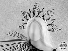 Zip Tie Feather like Crown /Black Halo Crown / Goth Wedding Crown / Halo Headdress / Zip tie Jewelry Headpiece Crochet Character Hats, Headpiece Jewelry, Diy Crown, Metal Headbands, Flamboyant, Small Leaf, Tie Styles, Crown Headband, Headdress