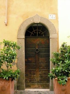 #rome #trastevere #tradition #typical #door