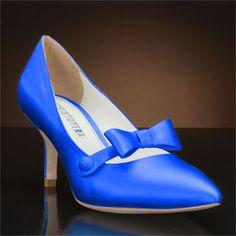7cab65c35 Shoes that come with the Vintage decoration