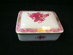 Antique Porcelain HEREND  Butterdose Apponyi Purple