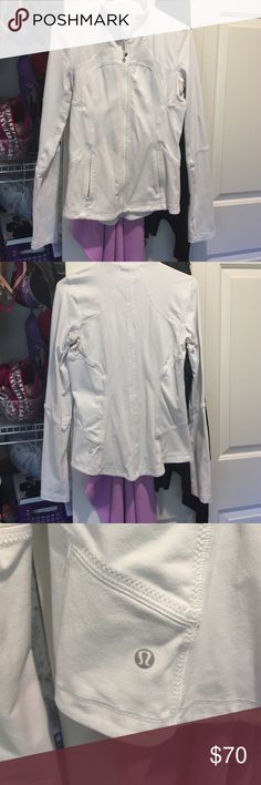Lululemon fitted zip up nwot Size 8 (runs small, fits me and I'm usually an xs/S. brilliant white, zip pockets, stretchy and comfy! lululemon athletica Jackets & Coats