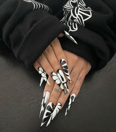 Acrylic Nails Stiletto, Long Acrylic Nails, Garra, Cute Nails, Pretty Nails, Drip Nails, Acylic Nails, Cute Acrylic Nail Designs, Manicure And Pedicure