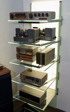 Hifi Stand, Audio Stand, High End Hifi, High End Audio, Dieter Rams Design, Floating Shelves Entertainment Center, High End Turntables, Audio Rack, Valve Amplifier