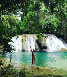 """Reach Falls, Jamaica @skye__evelyn - """"Having this place to ourselfes  #backpacker #backpacking #backpackerstory"""