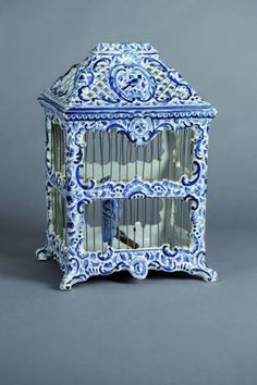 Delft blue and white bird cage Blue And White China, Blue China, Love Blue, Delft, Johann Wolfgang Von Goethe, Cobalt Glass, Bird Cages, Blue Plates, White Decor