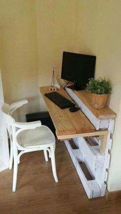 Mesa estudio palet Pallet Furniture Designs, Diy Furniture, Wood Pallet Furniture, Outdoor Furniture Plans, Wooden Pallet Projects, Wood Pallets, Pallet Wood, Diy Projects, Outdoor Pallet