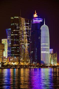 Doha at Night - Qatar Marynistyka.org, Marynistyka.pl