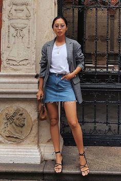 Aimee Song - saia jeans e blazer - - meia-estação - street style Look Street Style, Street Style Summer, Street Style Fashion, Casual Street Style, Street Styles, Mode Outfits, Casual Outfits, Fashion Outfits, Fashion Boots