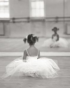 Little Ballerina - Cute photo idea for my little girl.