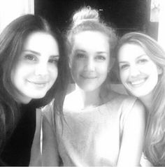 Lana Del Rey, sister Chuck Grant and friend Jobie #LDR