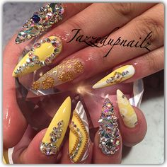 The World Champion in Beauty of Yellow Nail Designs 2018 Between White and Black Women Sexy Nails, Glam Nails, Hot Nails, Fancy Nails, Bling Nails, Hair And Nails, Fabulous Nails, Gorgeous Nails, Colorful Nail Designs