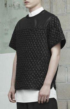 Alexander Wang Menswear S/S 2014 / Dark Fashion, Urban Fashion, High Fashion, Mens Fashion, Fashion Week, Fashion Outfits, Fashion Trends, Style Urban, Mens Trends