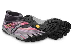 Vibram FiveFingers - LONTRA - Keep the cold out but the comfort in with the all-new Lontra. The multi-layer laminate upper with fully taped seams provides insulation and water resistance.