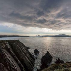 Pen Dal-aderyn (western most point of mainland Wales) & Ramsey Island from St Justinian Pembrokeshire. #ukcoastwalk Photo: Quintin Lake www.theperimeter.uk