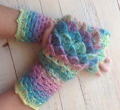 Crocodile fingerless gloves, dragon fingerless gloves, crochet fingerless gloves, gifts for her, driving gloves, crochet mittens, fingerless by EndlessCrochetCreat on Etsy