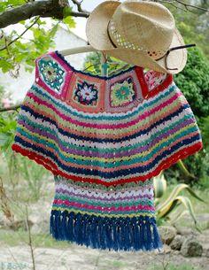 Este poncho foi feito a partir de um pedido que me fizeram e que adaptei bo émicamente! Todo feito à mão em crochet.
