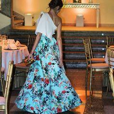 Brutal este conjunto de @apparentiaofficial que os dejé en el blog!  Click para ver más detalles y más fotitos en el blog. . #invitada #invitadas #invitadaboda #invitadasboda #invitadaconestilo #invitadasconestilo #lookinvitada #lookboda #boda #bodas #wedding #weddingguest #guest #style #fashion #moda #invitadaperfecta #invitadasperfectas #blogger #lookoftheday #vestidonoche #vestidofiesta #falda #faldas #asturias #gijon #weddingblog #weddingblogger