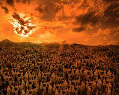 """112- (Allah inkârcılara) """"Yeryüzünde kaç yıl kaldınız?"""" diye sorar. 113- """"Bir gün veya günün bir kısmı kadar kaldık. İşte bilenlere sor"""" derler"""