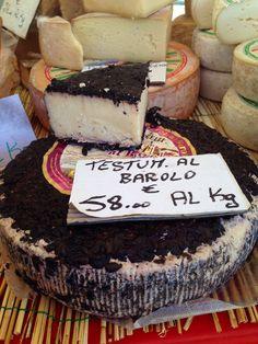 Barolo wine cheese