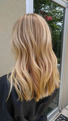 Golden Blonde Balayage for Straight Hair - Honey Blonde Hair Inspiration - The Trending Hairstyle Blonde Hair Shades, Golden Blonde Hair, Blonde Hair Looks, Golden Blonde Highlights, Butter Blonde Hair, Yellow Blonde Hair, Perfect Blonde Hair, Dye Hair Blonde, Golden Hair Color