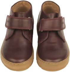 Shop The Pom D'Api Boys Desert Shoe In Red At Elias & Grace. Browse The Cutest Boys Clothes From Pom D'Api, Handpicked By Elias & Grace